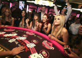 Fashion your passion for the strategic Italian poker